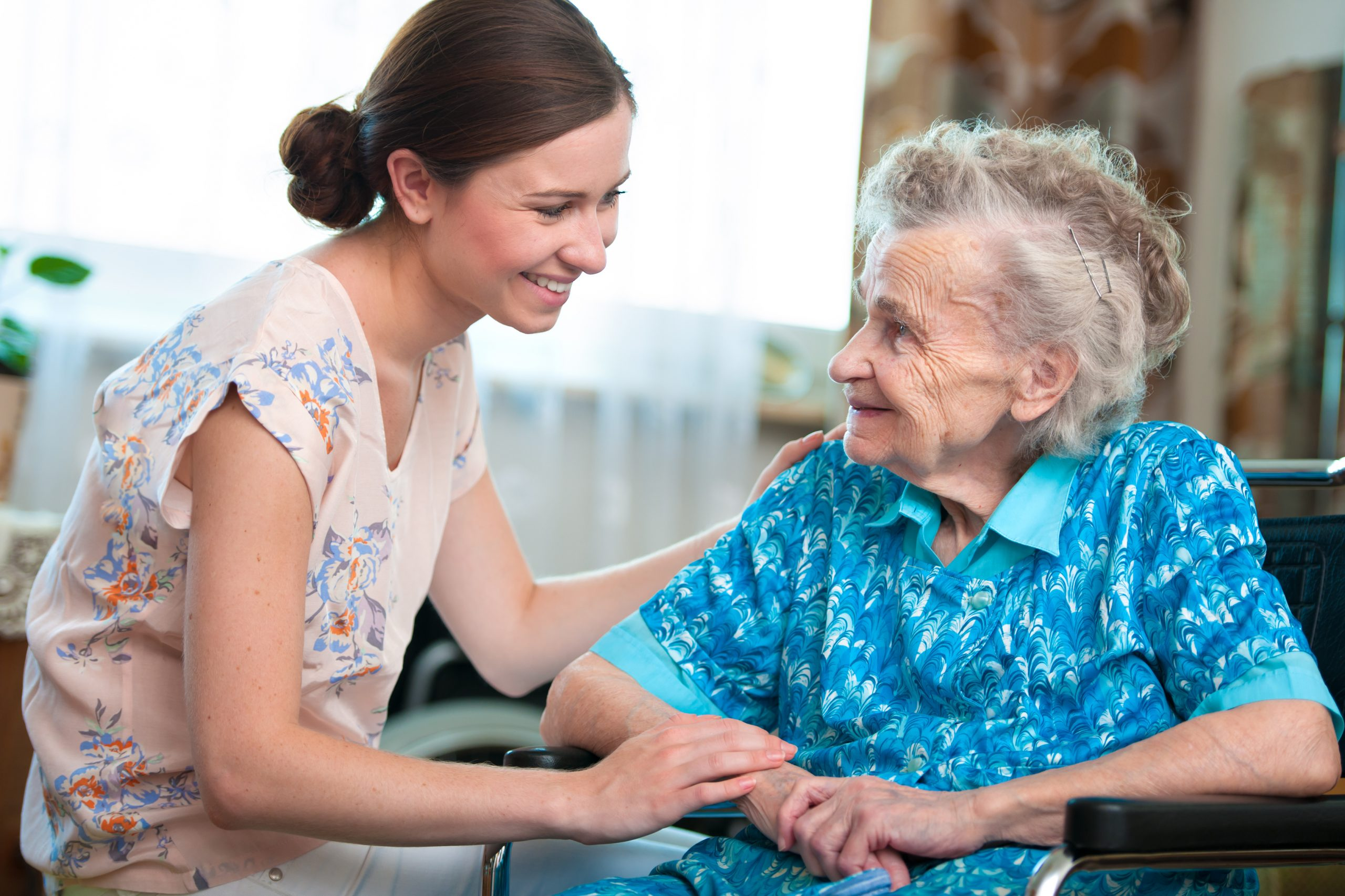 Aide à domicile - Auxiliaire de vie perpignan